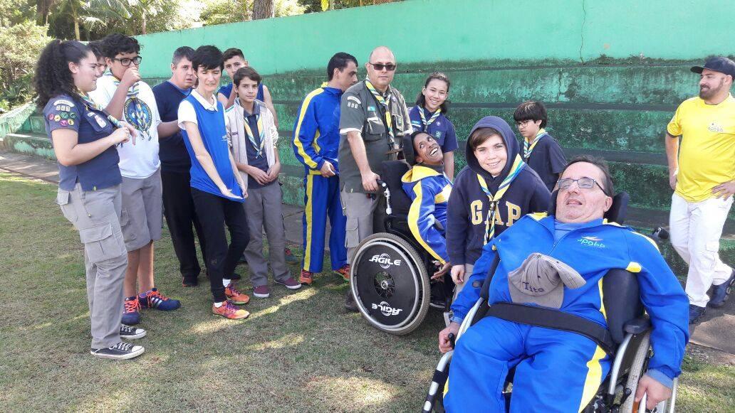 Escoteiros participam de atividade inclusiva com APABB SP