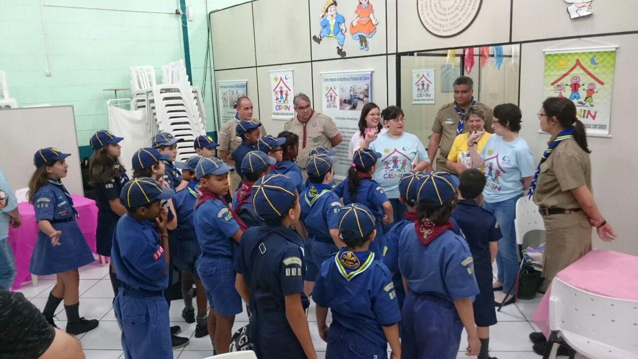 Lobinhos ajudam Centro de Assistência a Pessoas com Câncer de Santos