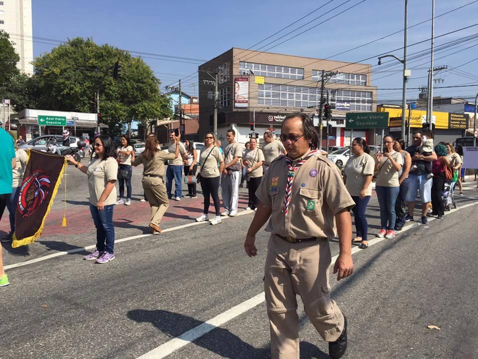 Escoteiros de Guarulhos participam do Desfile Cívico