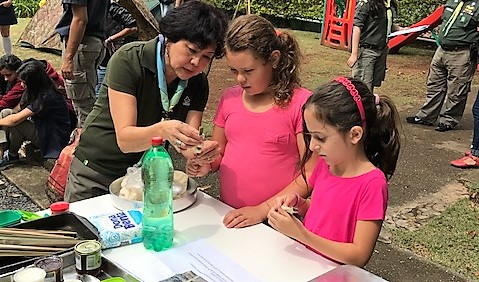 Crianças se divertem e querem mais atividade escoteira no Colégio Madre Alix