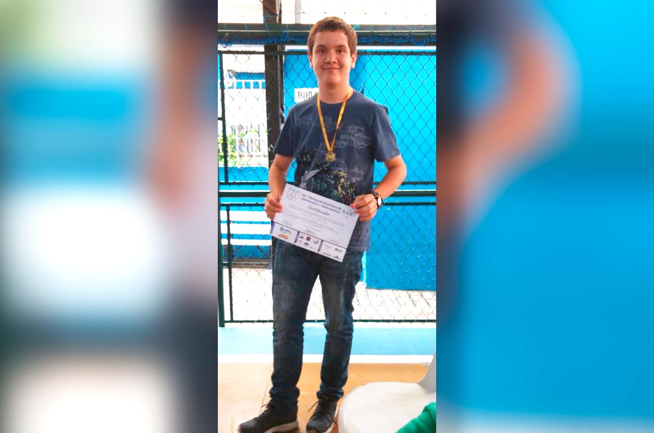 Escoteiro é Medalha de Ouro na Olimpíada Brasileira de Astronomia e Astronáutica