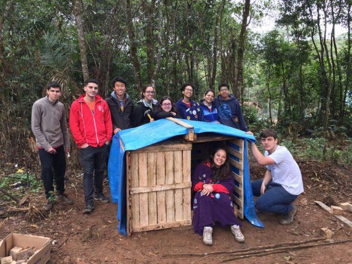 Pioneiros realizam mutirão comunitário em aldeia Guarani de São Bernardo do Campo
