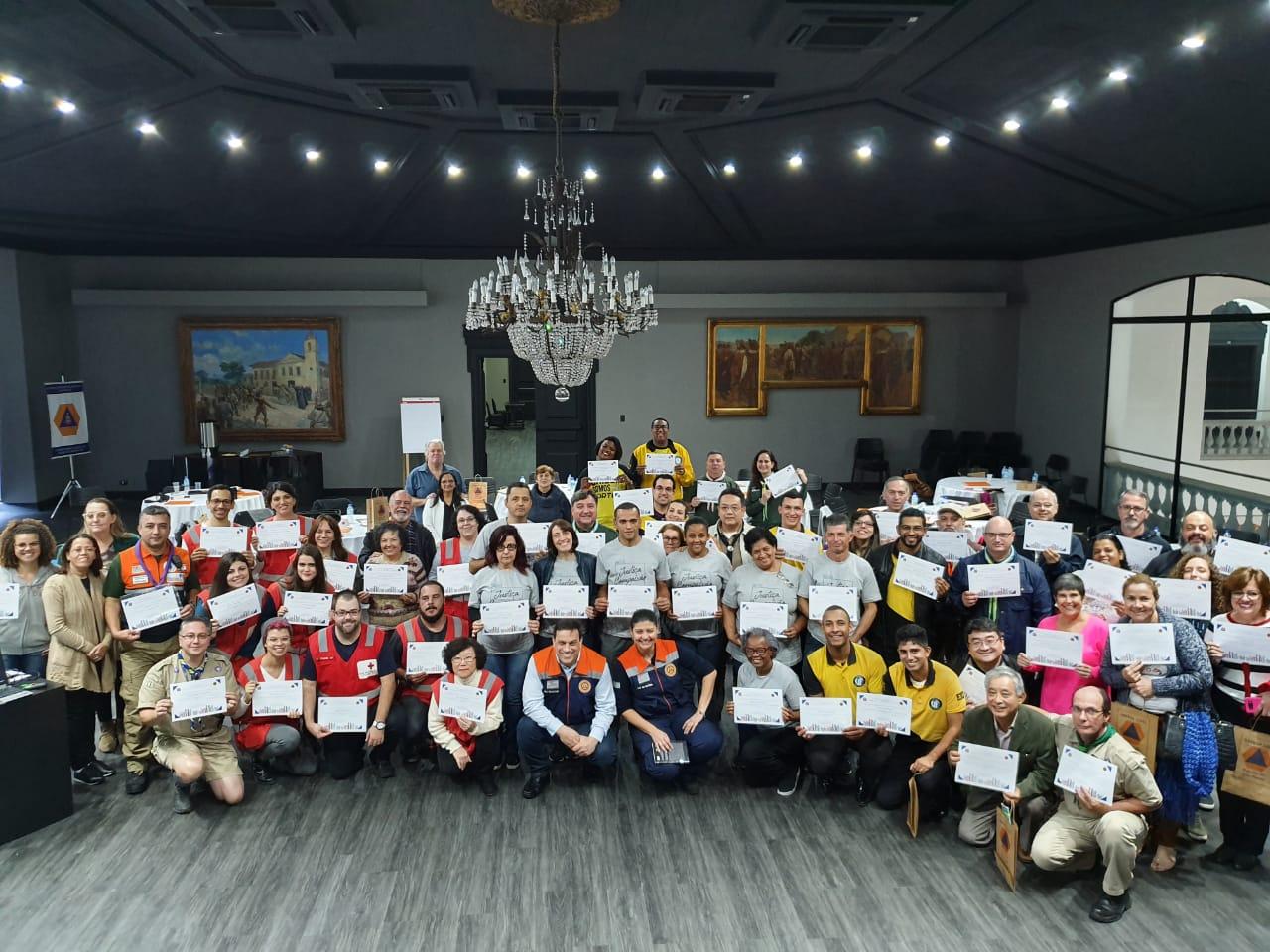 Equipe escoteira de Ações Humanitárias participa da 1ª Capacitação de Voluntários da Defesa Civil de SP