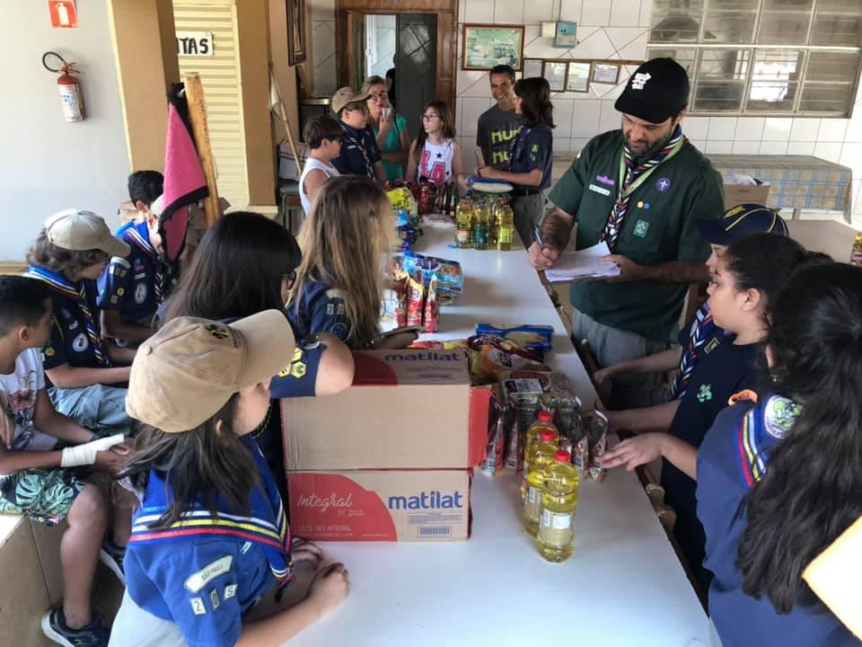 Projeto de Mutirão de Ação Comunitária arrecada alimentos para comunidade terapêutica Lar Bom Samaritano