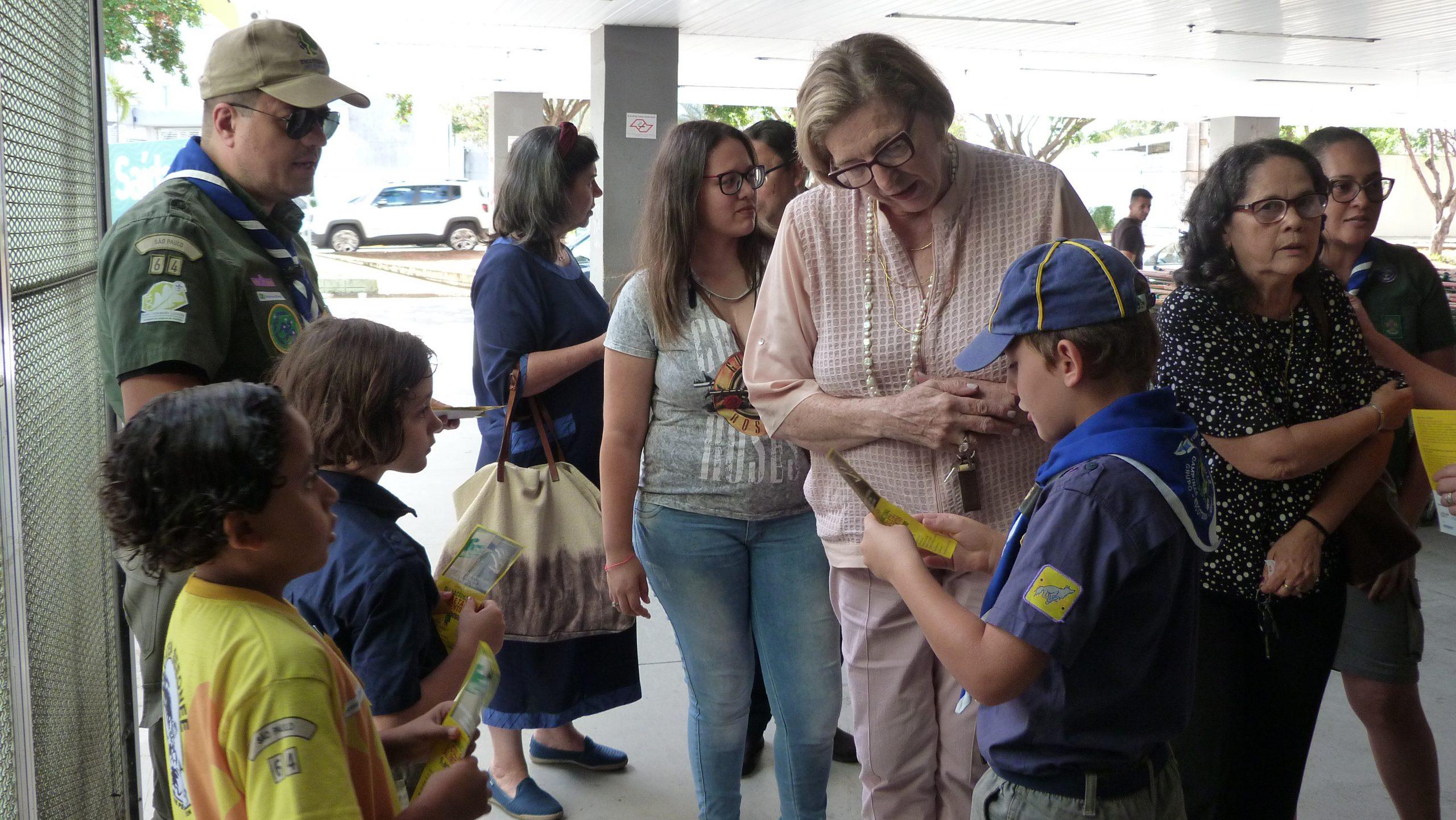 Grupo Escoteiro participou da Campanha Nacional de Coleta de Alimentos