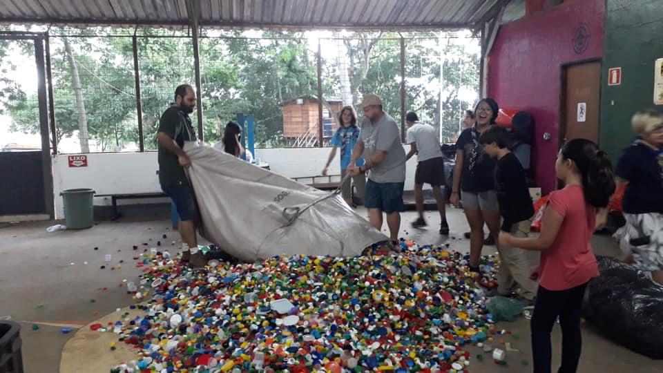 GE Cidade Feitiço arrecada mais de 500kg de tampinhas em campanha solidária