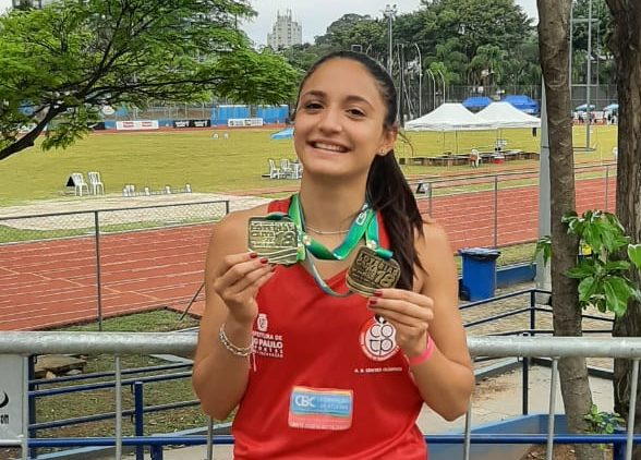 Guia Julia Calabretti brilha novamente em campeonato nacional de Atletismo